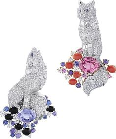 Van Cleef & Arpels. Couldn't resist one more. She-Wolf and Wolf clips. Pink spinel 5.87cts, mauve spinel 5.55cts coloured sapphires, onyx,  coral and diamonds. To collect all these stones for the collection would have taken years.