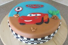 Taarten van Marieke: Cars taart Mcqueen Car Cake, Cute Baking, Cupcakes, Lightning Mcqueen, Cakes For Boys, Cakes And More, Themed Cakes, 3rd Birthday, Cake Decorating