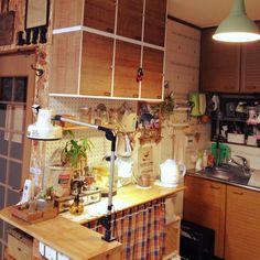 カラーボックスで作るキッチン収納 Interior, Kitchen, Room, Furniture, Home Decor, Pretty, Bedroom, Cooking, Decoration Home