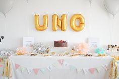 La fiesta de cumpleaños de Alma: Hip, hip... ¡Fruta! (I) Party, Birthday Parties, Place Cards, Place Card Holders, Diy, Ideas, Fruit, Birthday, Anniversary Parties