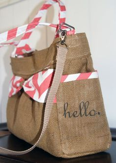 #hello cell phone pocket on this burlap and chevron purse