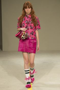 See the complete House of Holland Spring 2016 Ready-to-Wear collection.