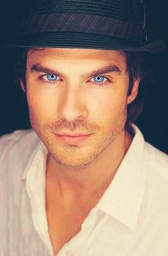 Ian Somerhalder...can you say ...dddaaammmnnn!!!