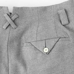 only for the back pocket detail . Self Fabric with pleat fold. Button hole doesn't show. So clean. Men Trousers, Fashion Details, Fashion Design, Fashion Outfits, Womens Fashion, Dressmaking, My Wardrobe, Women Wear, My Style