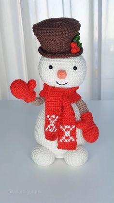 Crochet Christmas Decorations, Crochet Decoration, Christmas Crochet Patterns, Crochet Patterns Amigurumi, Knit Crochet, Handmade Christmas Gifts, Christmas Crafts, Christmas Ornaments, Crochet Christmas Gifts