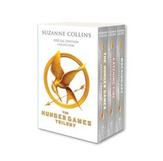 Booktopia has Hunger Games Trilogy (white anniversary boxed set), Hunger Games by Suzanne Collins. Buy a discounted Book with Other Items of Hunger Games Trilogy (white anniversary boxed set) online from Australia's leading online bookstore. The Hunger Games, Hunger Games Buch, Hunger Games Trilogy, Adult Fantasy Books, Fantasy Book Series, Fantasy Books To Read, Read Books, Suzanne Collins, Tribute Von Panem