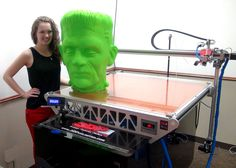 Think if it messed 130 hours in. As Halloween approaches this Friday, we are sure to see lots of interesting printed costumes, decorations, and anything else related to the holiday represent Make 3d Printer, 3d Printer Kit, 3d Printer Designs, 3d Printer Projects, Printer Scanner, Laser Printer, 3d Printing Machine, 3d Printing Diy, 3d Printing