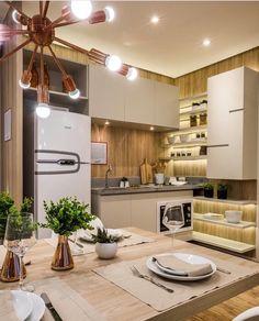"""5,297 curtidas, 27 comentários - Decor•house•Home•Casa•Int•arq (@_homeidea) no Instagram: """"Cores claras, madeira e uma iluminação bem planejada se destacam nesta cozinha compacta e linda by…"""""""