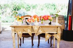 sweetheart table for the newlyweds by VeryMerryEvents.com // photo by AlfredandEmma.com