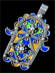 #Moroccan #Silver Hand of Fatima -✖️ Hamsa ✖️FOSTERGINGER AT PINTEREST ✖️ 感謝 / 谢谢 / Teşekkürler / благодаря / BEDANKT / VIELEN DANK / GRACIAS / THANKS : TO MY 10,000 FOLLOWERS✖️