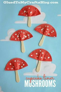Cupcake Liner Mushrooms Kid Craft is part of Kids Crafts Spring Children - Although I'm not a big fan of those things in my yard, I am however a BIG fan of today's Cupcake Liner Mushrooms Kid Craft idea! Spring Crafts For Kids, Easy Crafts For Kids, Summer Crafts, Toddler Crafts, Fall Crafts, Art For Kids, Craft Kids, Popsicle Stick Crafts, Craft Stick Crafts