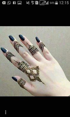 Mehendi Designs are trending quickly Henna Tattoo Designs Simple, Finger Henna Designs, Henna Art Designs, Mehndi Designs For Beginners, Modern Mehndi Designs, Mehndi Designs For Girls, Mehndi Design Photos, Mehndi Designs For Fingers, Beautiful Henna Designs