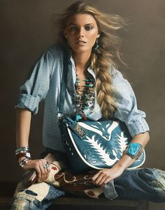 Western-Inspired Denim + Turquoise in Vogue Western Chic, Western Wear, Style Cowgirl, Cowgirl Chic, Gypsy Cowgirl, Vogue Paris, Boho Chic, Bohemian Mode, Gypsy