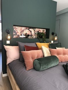 A fresh start with a new and modern bedroom - Eigen Huis en Tuin - A fresh start with a new and modern bedroom – Eigen Huis en Tuin - Quirky Home Decor, Fall Home Decor, Cheap Bedroom Decor, Cheap Home Decor, Fireplace Remodel, My New Room, Home Bedroom, Home Remodeling, Living Room Decor
