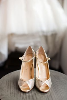 Another gorgeous pair of wedding shoes.