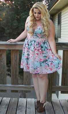 Loey Lane! I usually don't like floral but this dress is cute. Also this woman is such an inspiration.