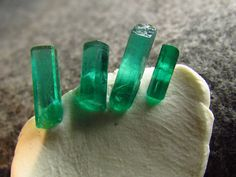 1.90 tcw Rich Green Colombia Emeralds 4 Gem Rough Natural Stones FREE SHIPPING #jewelsroughgems