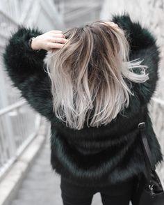 Ceylan Yılmaz sur Instagram : ~ Short hair don't care by @raphael_perrier_paris // Ma routine capillaire pour entretenir son blond est sur le blog