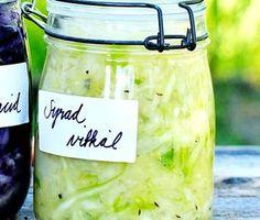 Surkål - grundreceptet för syrning Clean Recipes, Cooking Recipes, Vegetarian Recipes, Healthy Recipes, Healthy Food, Swedish Recipes, Good Enough To Eat, Spice Mixes, Kimchi