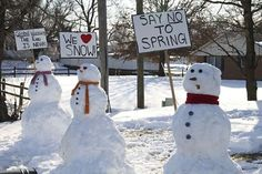 """""""We love snow!"""" """"Will work for freezer space"""" Snow Much Fun, I Love Snow, I Love Winter, Winter Fun, Winter Time, Snowman Images, Snowmen Pictures, Snowmen At Night, Frosty The Snowmen"""