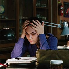 The spring semester comes quickly and hard. Check out these tips on how to make the most of your spring semester while having the least amount of stress possible! Jennifer's Body, Amanda Seyfried, Movies Showing, Movies And Tv Shows, Estilo Megan Fox, Megan Denise Fox, Megan Fox Young, Megan Fox Gif, Megan Fox Body