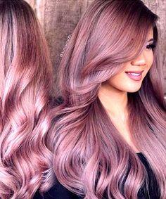 Veronica Lake-Style Rose Gold Hair