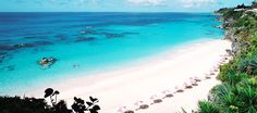 The place looks breathtaking!  The Reefs, Southampton, Bermuda  #love2sniqueaway