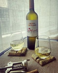 Amb un #TempsDeFlors de @bodeguessumarroca 🍷 #vino #wine  #Summer #Food #winelover #drinkoftheday #wineoftheday #winegirls #trendygirls. #treatyoself. #vscocam #wineoclock #drinkoftheday #winenot #gastronomia #foodie #foodies #bigwinetheory