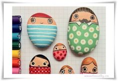 Looking for some easy painted rock ideas to get inspired by? See more ideas about Rock crafts, Painted rocks and Stone crafts. Pebble Painting, Pebble Art, Stone Painting, Painting Art, Family Painting, Painting People, Cool Paintings, Kids Crafts, Craft Projects