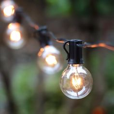 Indoor / Outood String Lights with 25 G40 Clear Globe Bulbs