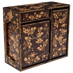 Japanese Jubako Set | From a unique collection of antique and modern boxes at https://www.1stdibs.com/furniture/more-furniture-collectibles/boxes/