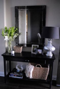 Entryway Table Decor  : ENTRYWAY DECORATING IDEAS: FOYER DECORATING IDEAS: HOME DECORATING IDEAS