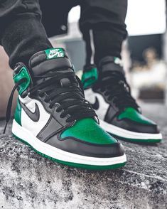 3a3ff9e26ab 192 Best Nikes images in 2019