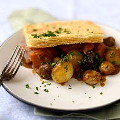 squash, mushroom and chestnut pie - a #vegan alternative Thanksgiving or Christmas dinner