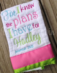 Baby Embroidery, Embroidery Monogram, Machine Embroidery, Embroidery Ideas, Birth Announcement Template, Birth Announcement Girl, Baby Burp Cloths, Baby Bibs, Making A Business Plan