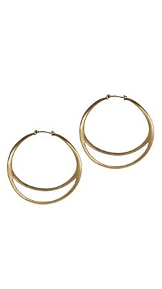 I need to add these earrings to my wardrobe!