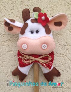 colher de pau decorada, vaca de feltro, porco de feltro, galinha de feltro,