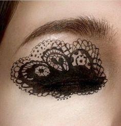 Lace Eye Look