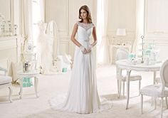 L'abito della fotografia è il modello NIAB15083IV - Nicole Bridal Collection 2015 – Photo Courtesy of Nicole Fashion Group