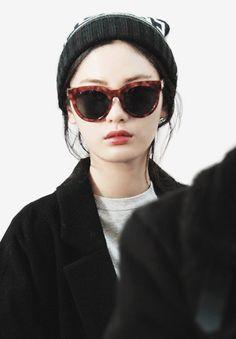 oversized sunglasses and beanie