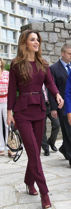 Queen Rania of Jordan in Elie Saab in an official visit to Paris