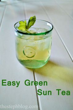 Easy Green Sun Tea Recipe, iced or hot with fresh lime or not!