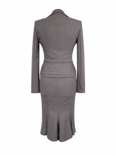 Pretty 2 piece skirt suit. Length from collar: 22 51. Shoulder to cuff: 24 61. Length: 24 77. FABRIC COMPOSITION. Rest of world £25. Rest of world £40. | eBay!