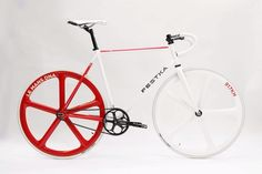 Festka Motol Fixed Gear on Bike Showcase
