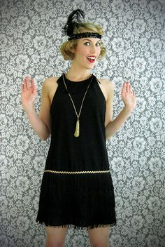 DIY flapper dress and head piece! I can't wait to make it!