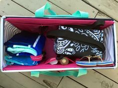 Narrow your beach bag down to 1 with the Large Utility Tote! Carry your towel, thermal, sunscreen, sandals, a book or other pool essentials!