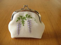 Wisteria Snap Frame Purse by barefootshepherdess, via Flickr
