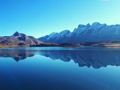 Tannensee mit Titlis #schweiz #naturephotography #lake  #getoutside #switzerland #mirrors #mountain #wanderlust Seen, Mirrors, Wanderlust, Mountains, Nature, Travel, Continents, Communities Unit, Earth