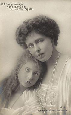 RPPC Crown Princess Marie, Princess Mignon Romania c. 1912 in Collectibles, Postcards, Royalty Belle Epoque, Romanian Royal Family, Princess Alexandra, Young Prince, Casa Real, Queen Mary, Royal House, Kaiser, Queen Victoria