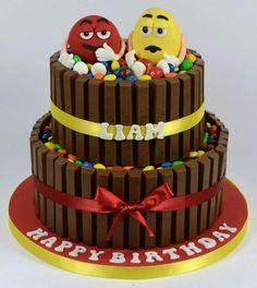 M&M Kit kat cake Adult Birthday Cakes, Food Decoration, Cakes And More, Amazing Cakes, Cake Pops, Fondant, Cake Decorating, Wedding Cakes, Birthdays